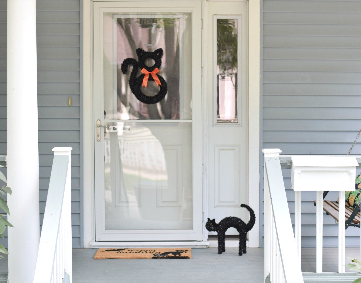 how to get your porch halloween ready (without breaking the bank